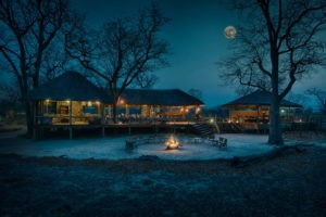 hyena pan lodge night