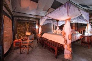 luambe camp bedroom