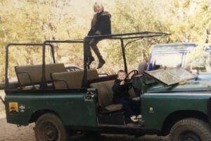 family album frank and karin on car
