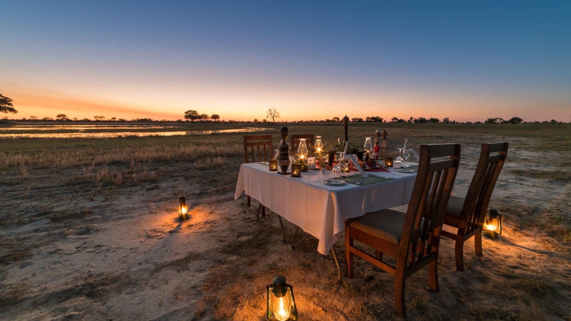 zimbabwe camp hwange dining