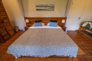 katambuga house arusha bed