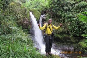 rwenzori trekking uganda guide 1