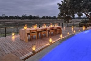 Lion Camp by Mantis Dinner setup Kopie