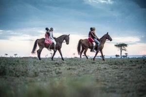 Horse Safari Ladies and Masai