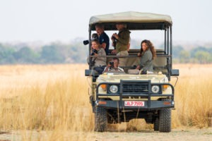 gesa guiding guests zambia photography safari