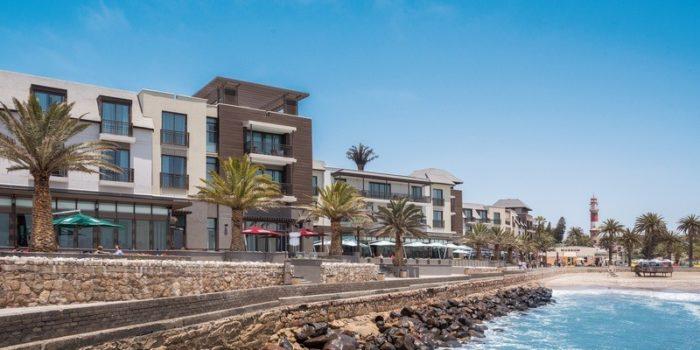 strand hotel waterfront