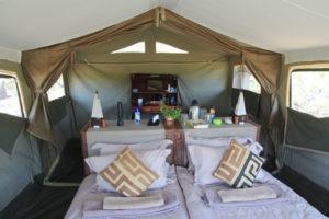 Mobile safari botswana capicorn tent internal camping