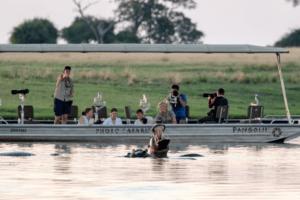 botswana photo safari boating