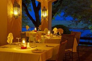 chobe game lodge dining