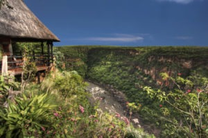 gorges loge vicfalls view