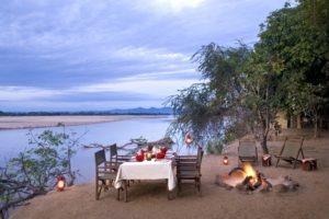 island bush camp outside dining