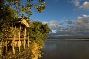 island bush camp river chalet