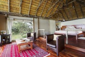 kwando lagoon camp room lounge