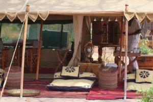 selinda explorers camp lounge
