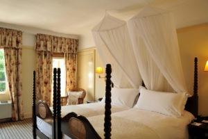 victoria falls hotel standard