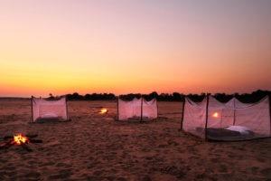 zambia luangwa valley sleepout