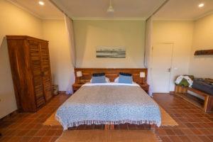 katambuga house arusha double bed