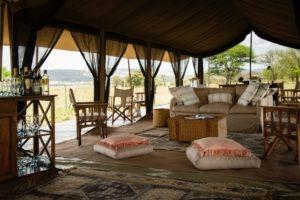 serengeti safari camp lounge