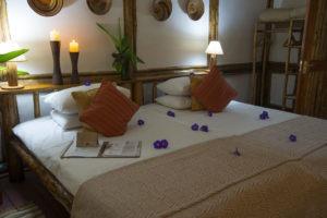 buhoma lodge uganda room