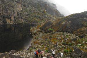 rwenzori trekking uganda lake