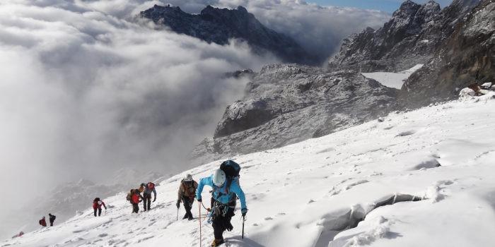 rwenzori trekking uganda margherita summit