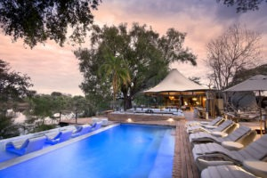 zambia livingstone thorntree river lodge pool